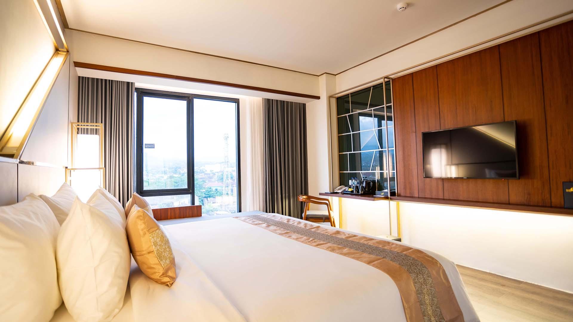 Super Deluxe Room - City View